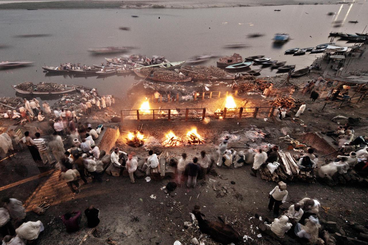 LALI BABA FROM VARANASI (INDIA) TO THE MOUNTAIN CRIMEA 1