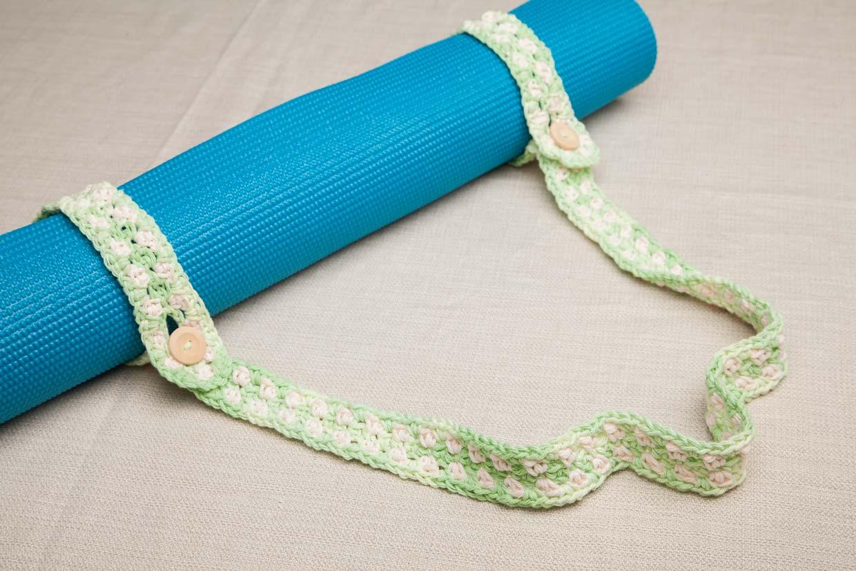 How do I clean my yoga mat? 2
