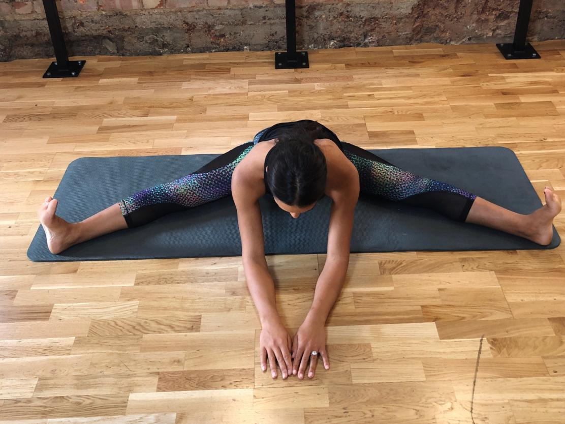 Can you name pros/cons of practicing yoga? 4