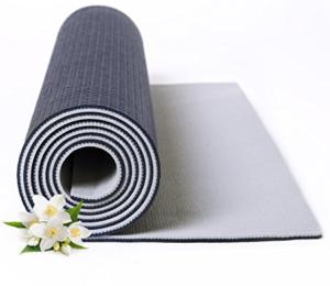 How Should You Choose A Yoga Mat? 9