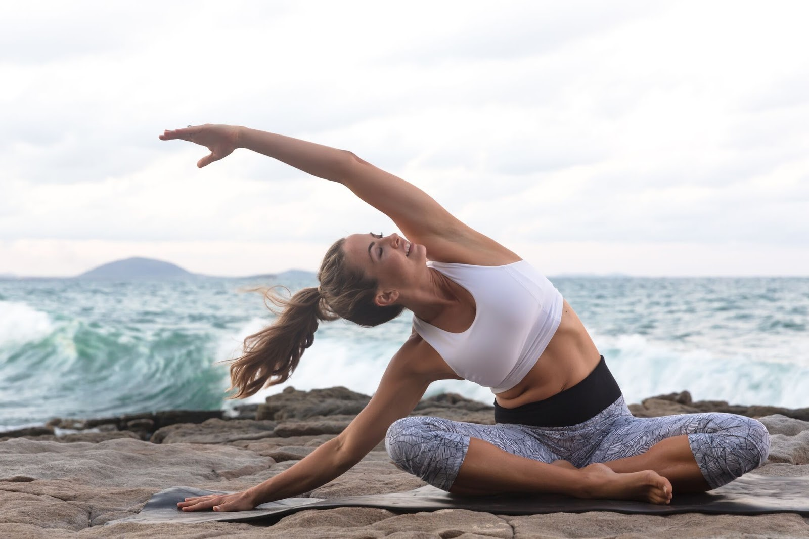 What are the differences between Kriya Yoga and Kundalini Yoga? Which is more faster growing technique or more useful? 5