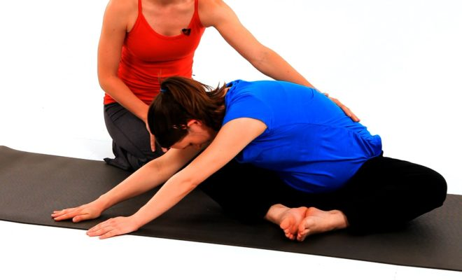 What are some of the best yoga poses to do during pregnancy? 9