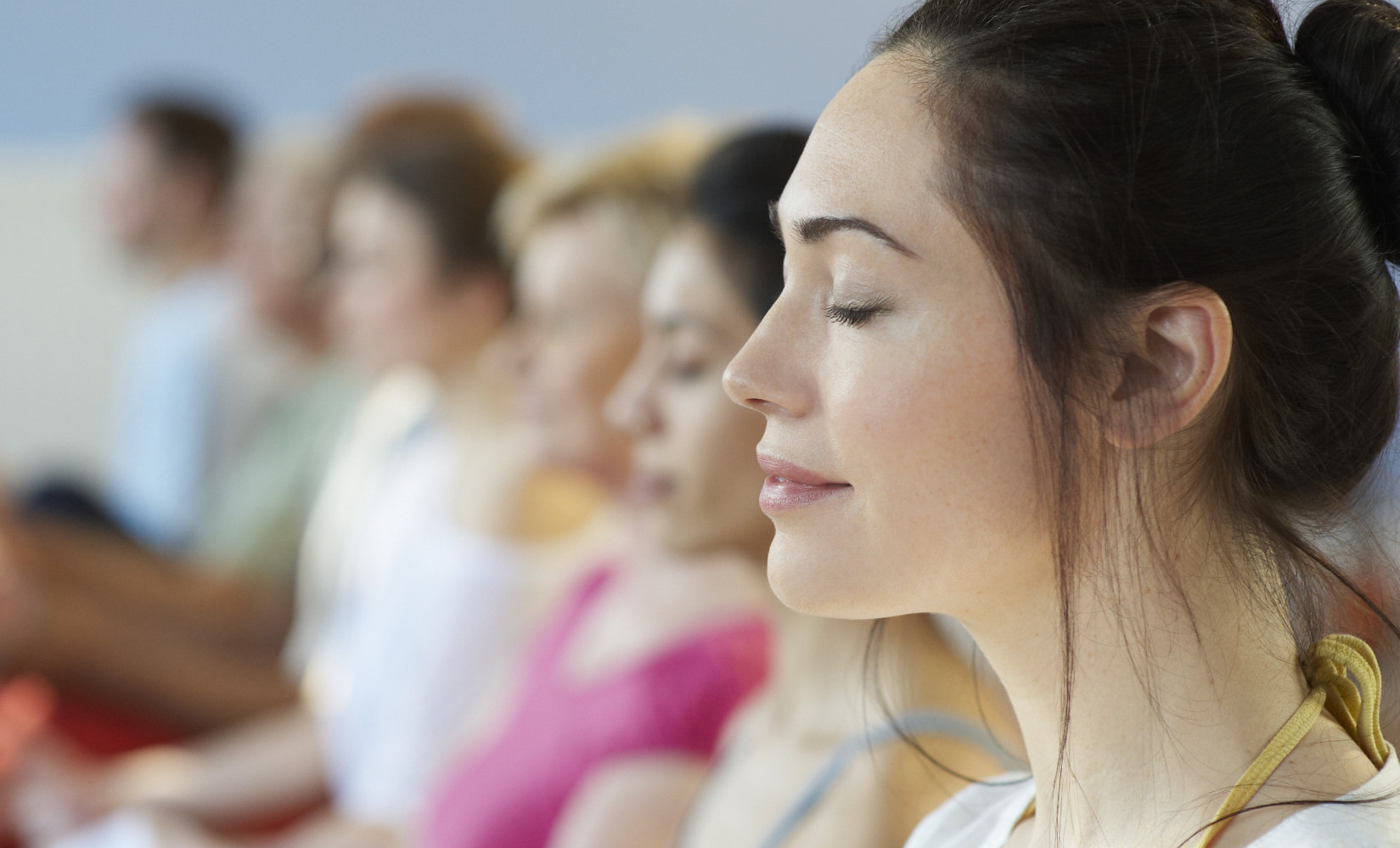 How do Buddhist monks not lose concentration while meditating for a long time? 3