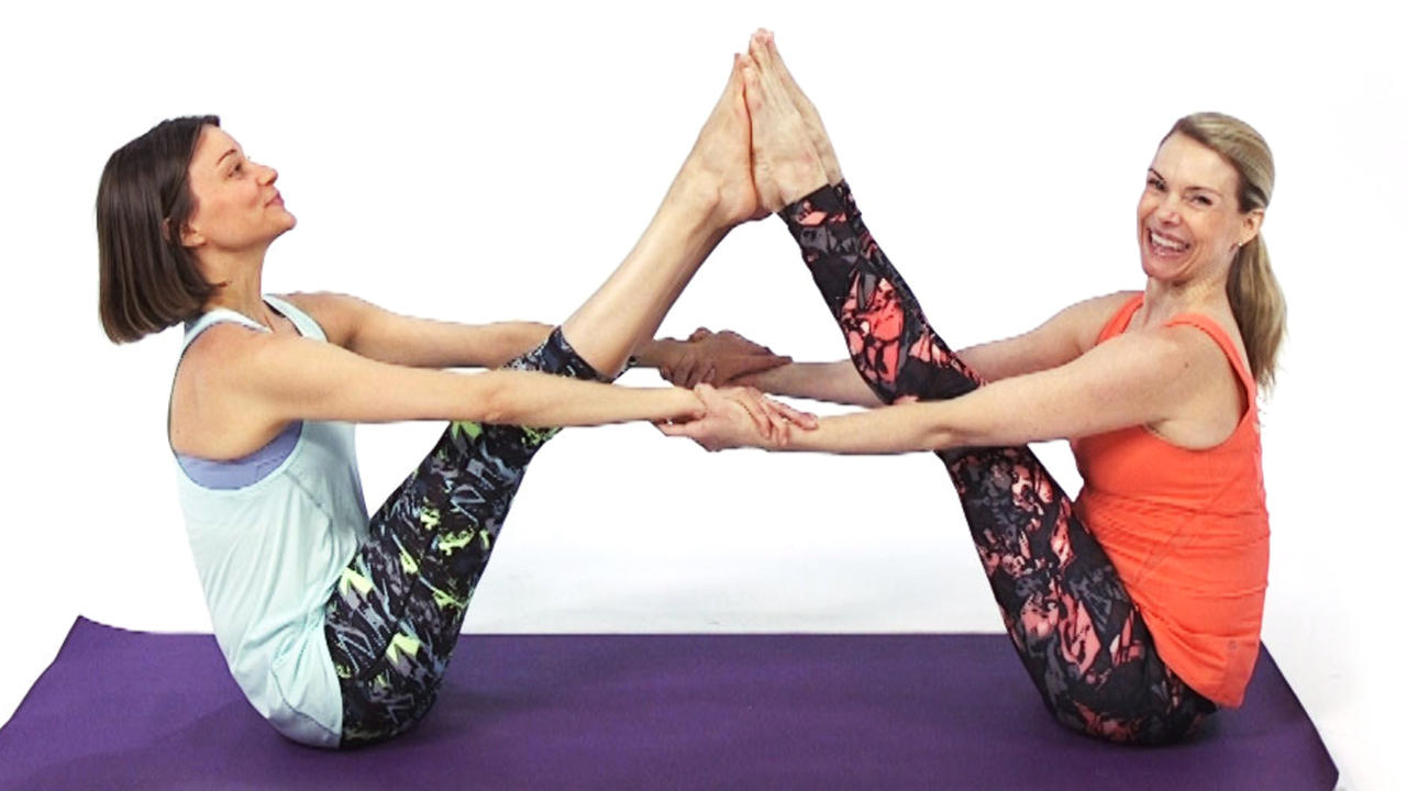 What are some fun partner yoga poses? 1