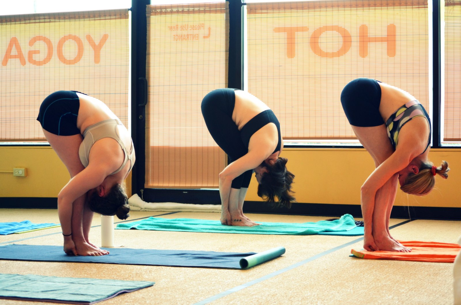 How does one attain moksha through Jnana-yoga? 5