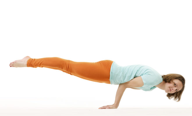 What all yogasans(yoga exercises and meditation) should I prefer for losing stomach fat? 4