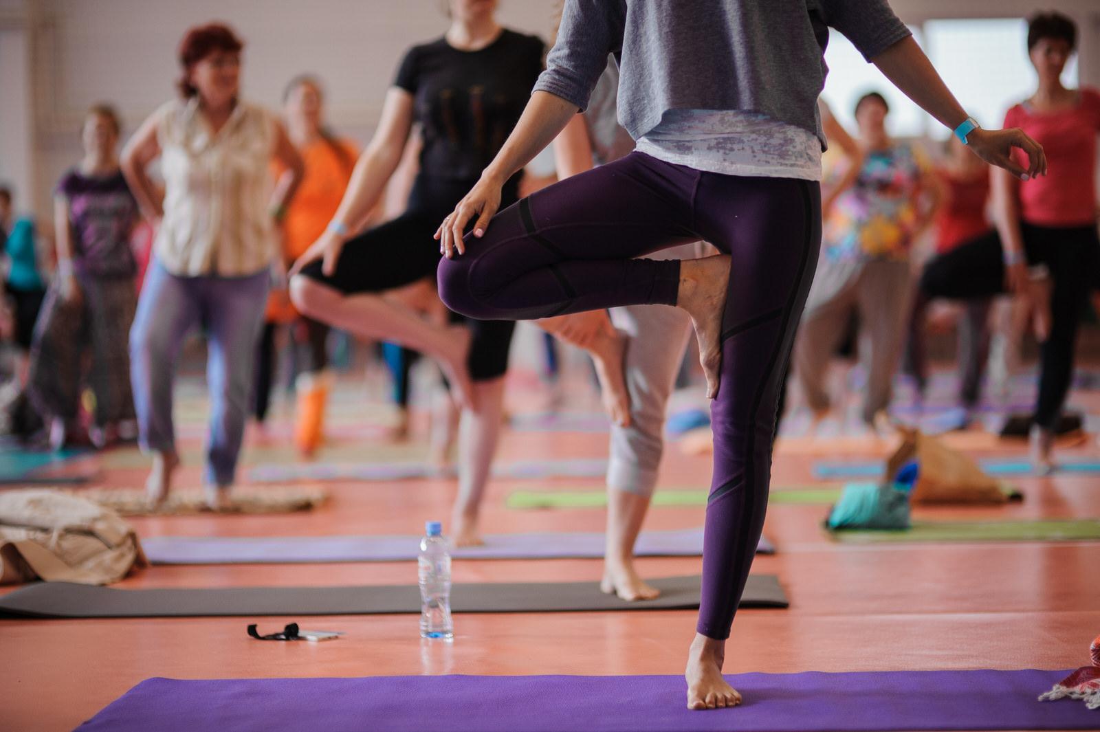 How does one attain moksha through karma yoga? 7