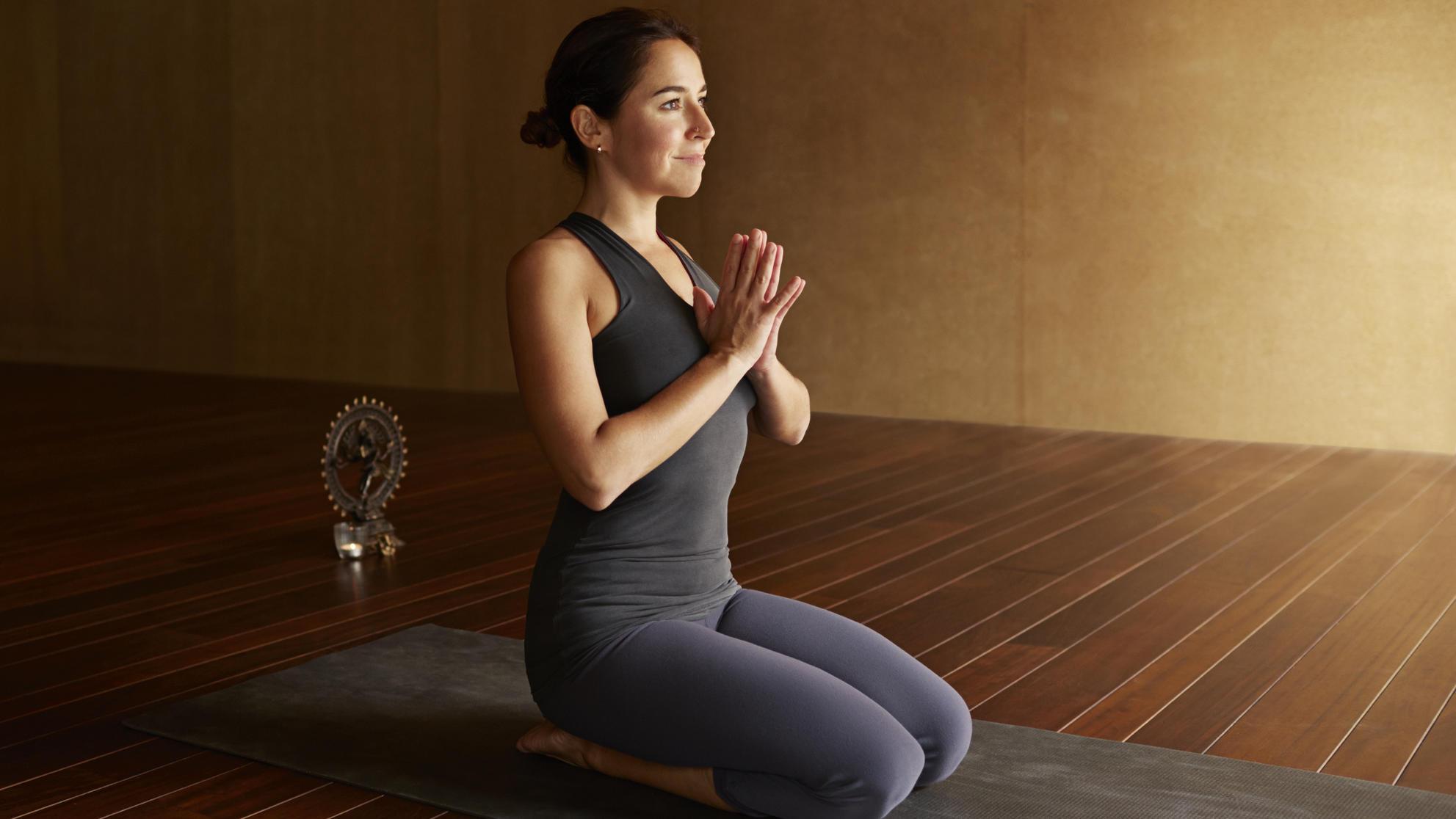 How does yoga asanas help to sleep? 8