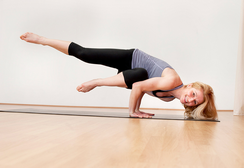 What are some good yoga positions to quickly lose weight? 3