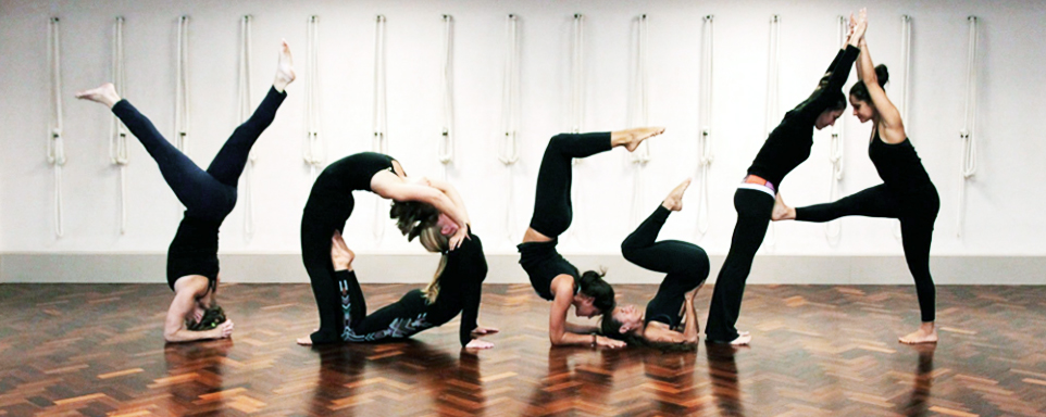 What are the benefits or advantages of yoga in 5 lines? 1